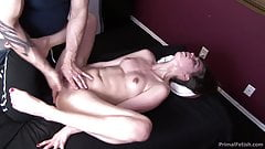 Riley Reid Seduced and Squirting Massage