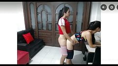 Solo girls two